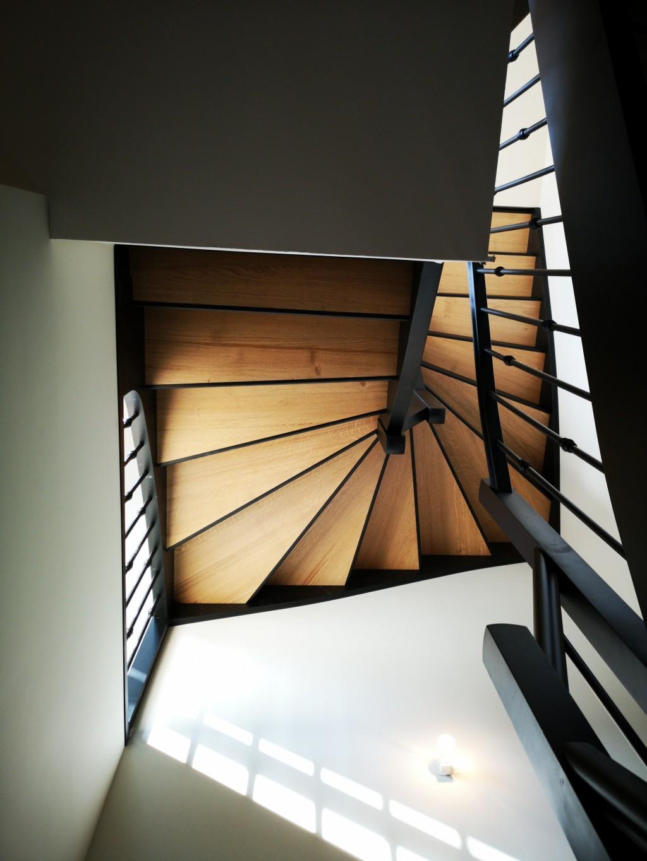 Escalier bois noir Vendée - ABEG