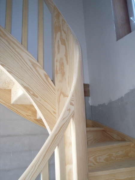 Escalier traditionnel bois - ABEG